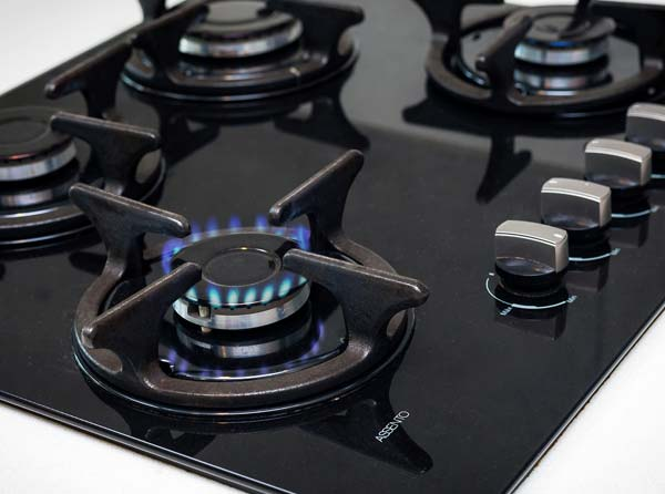 Natural gas stovetop